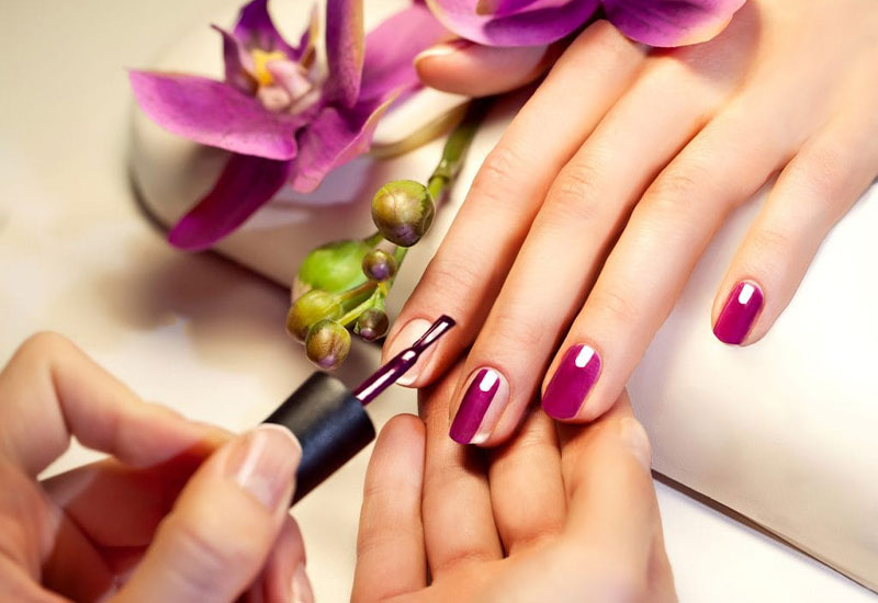 What to expect at your first manicure?